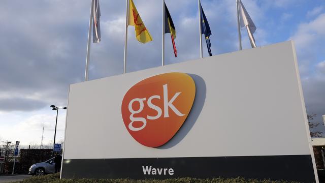"""""""935 emplois détruits d'un trait de plume"""" : les réactions autour de l'annonce de GSK"""