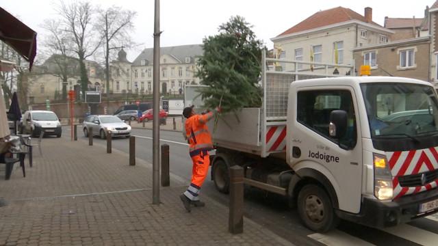Les ramassages des sapins de Noël ont démarré