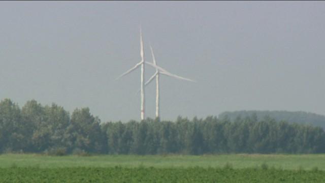 Le parc éolien de Boneffe suspendu