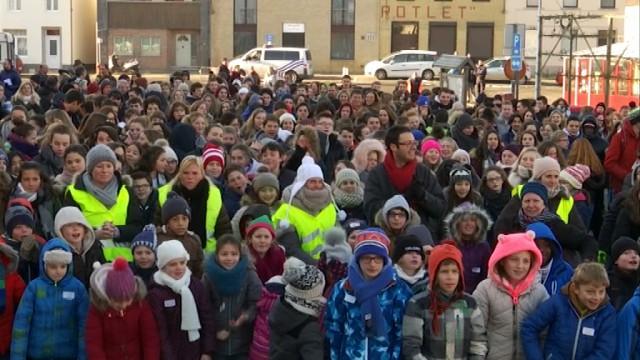 450 personnes à Genval pour soutenir la famille Mgroyan