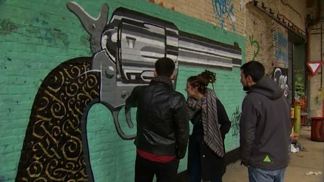 testDu street art dans l'ancienne usine Arjo Wiggins à Nivelles