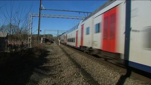 testLes 4 bourgmestres de l'ouest du Brabant wallon réclament plus de trains