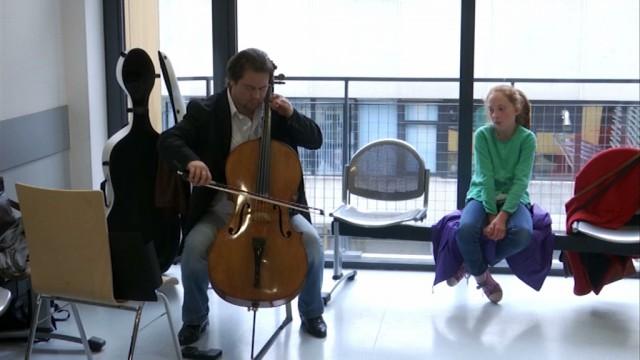 De la musique pour apaiser les patients du Chirec