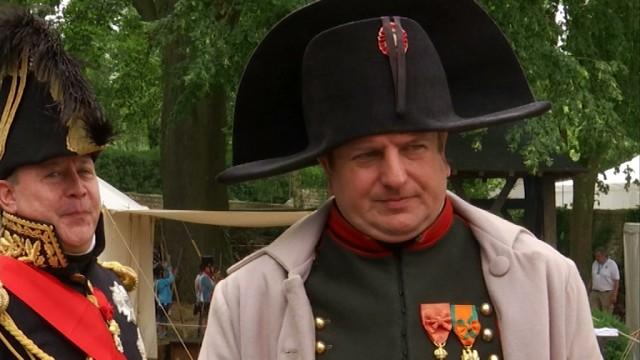 Napoléon, star du bivouac au Dernier QG