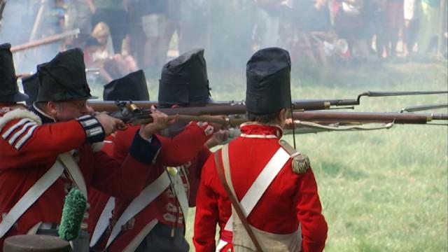 600 reconstitueurs pour faire revivre la bataille d'Hougoumont