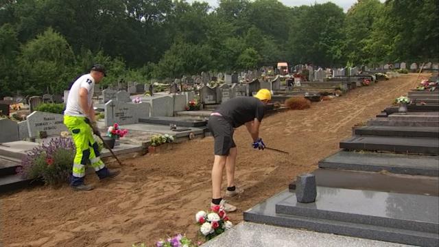 Ittre : nettoyage du cimetière