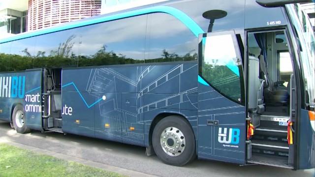 Le premier WikiBus, un car pour se rendre au travail, relie Charleroi à Louvain-la-Neuve