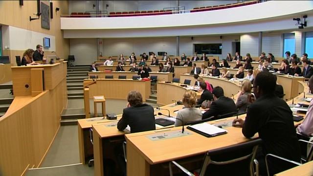 Jeudi 18 février 2010 - Parlement Jeunesse: apprendre la politique de l'intérieur