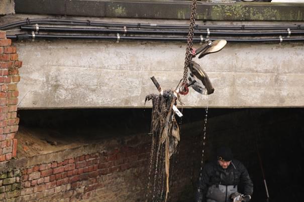 Nettoyage de la Dyle : voici les objets les plus insolites retrouvés dans l'eau !