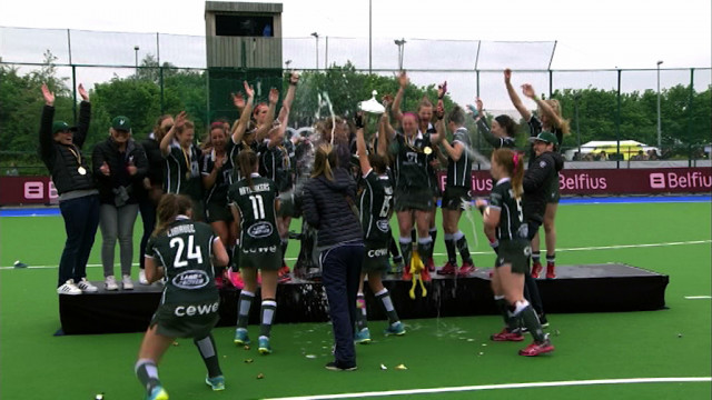 Premier titre national pour les dames du Waterloo Ducks !
