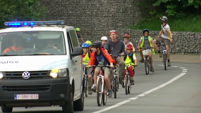 Les Débrouillards emmènent les enfants à vélo