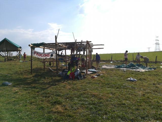 testUn camp scout brabançon touché par une 'mini-tornade' !