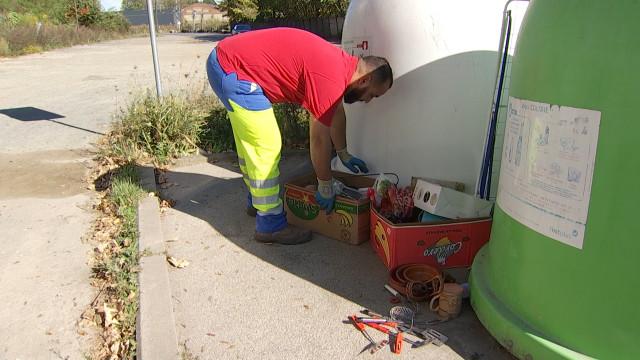 400 kg par jour de déchets illicites ramassés autour des bulles à verre dans le Bw !