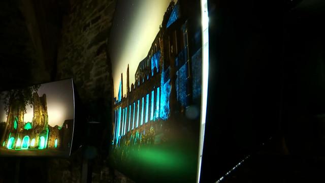 Voir et entendre la réalité autrement : l'art numérique s'invite à l'Abbaye de Villers-la-Ville