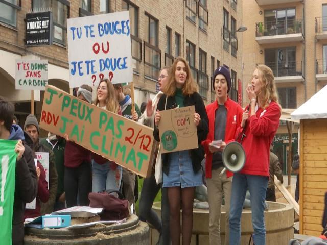 Des étudiants de Louvain-la-Neuve manifestent pour le climat