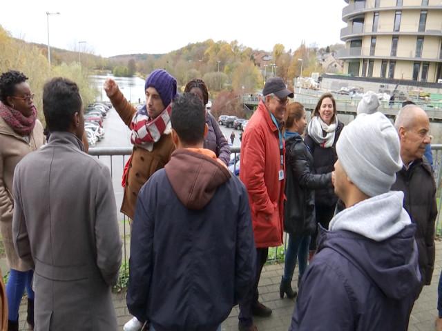 testLe Collectif des Femmes emmène des demandeurs d'asile en balade à Louvain-la-Neuve