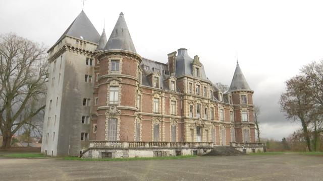 Le château de Dongelberg à vendre