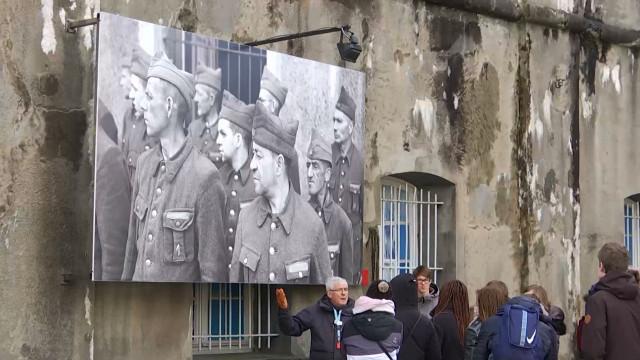 """Des élèves d'Ottignies au Fort de Breendonk : """"l'histoire se répète malheureusement """""""