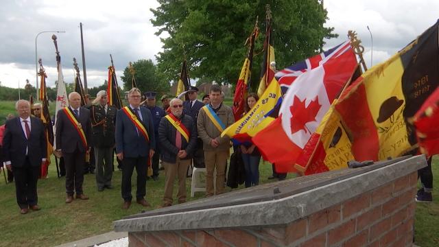 testGenappe : 75e anniversaire du crash entre deux bombardiers canadiens