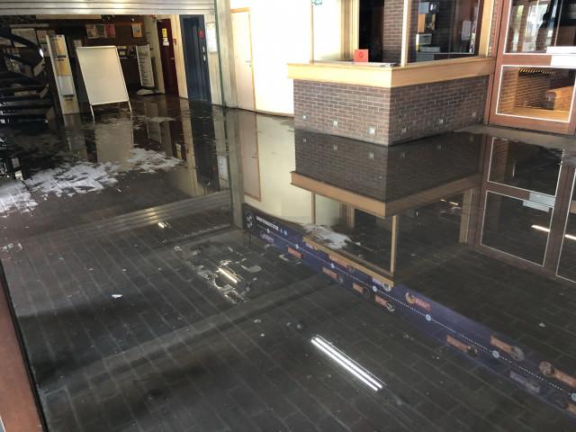Nivelles: le Waux-Hall fermé suite à une inondation