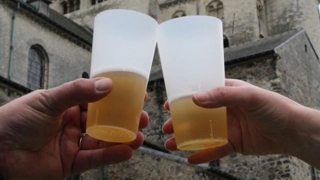 Des gobelets réutilisables au Niv'Estival : 60% de déchets en moins