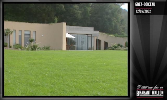 #26 GREZ-DOICEAU - Maison enterrée