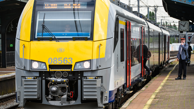 Vol de câbles sur le rail entre Ottignies et Namur : des bus font la liaison