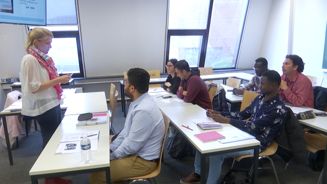 Access2University : préparer les réfugiés ou candidats réfugiés à entamer des études supérieures