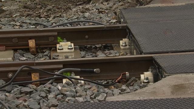Les trains plus bruyants que d'habitude au passage à niveau de Limal ?