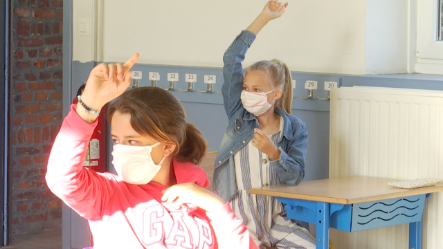 Masque et distanciation : une rentrée unique pour les élèves de 6ème primaire