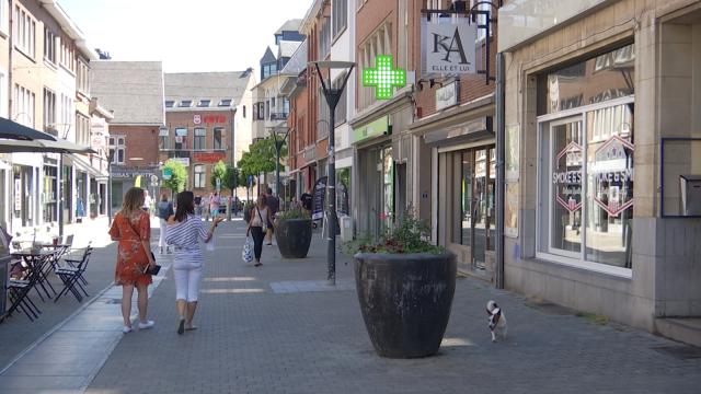 testCoaching des vitrines et formations pour les commerçants : Nivelles commerces entre en action