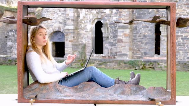 Une jeune slameuse s'inspire du Covid pour un slam à l'Abbaye de Villers
