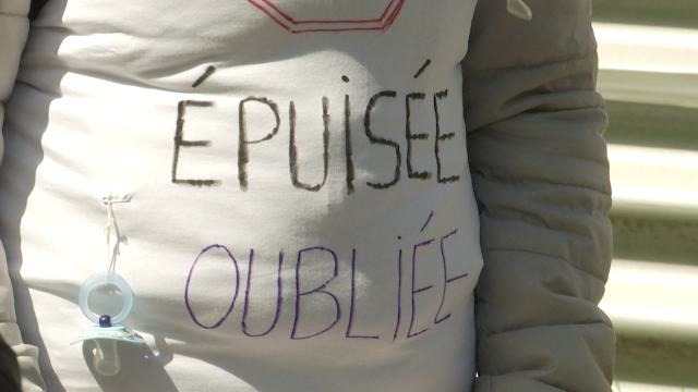 """Puéricultrices en grève à Ottignies : """"les grandes oubliées"""" de la crise"""