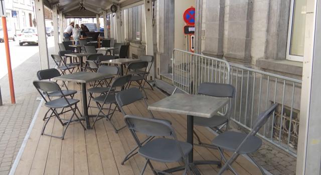 Horeca : une terrasse pour deux établissements, entraide assurée à Jodoigne
