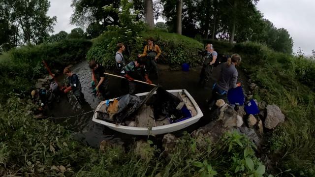 dbranché 17.41 : Nettoyage rivière