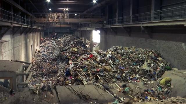 Gérer les déchets des sinistrés : un défi pour les centres de tri