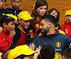 Braine-le-Château : Les Diables Rouges visitent une école