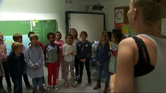 Les enfants de l'école de Rosières dans un clip pour la semaine du commerce équitable !