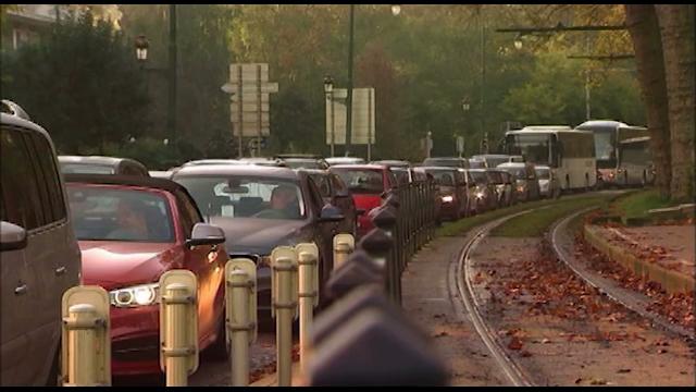 Le viaduc Herrmann-Debroux ouvert ce jeudi ? En attendant les parkings de Louvain-la-Neuve et de Walibi restent vides
