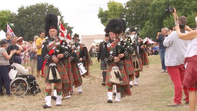 Braine-l'Alleud: la Ferme d'Hougoumont à l'heure écossaise