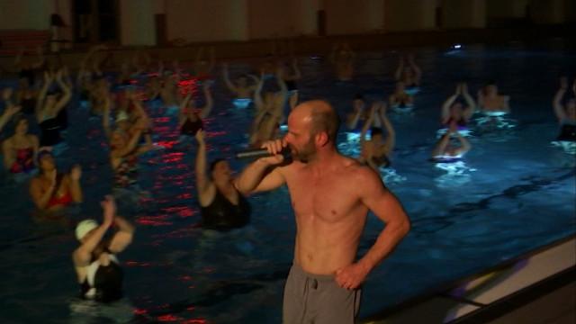 testAquagym géant dans la piscine de Nivelles