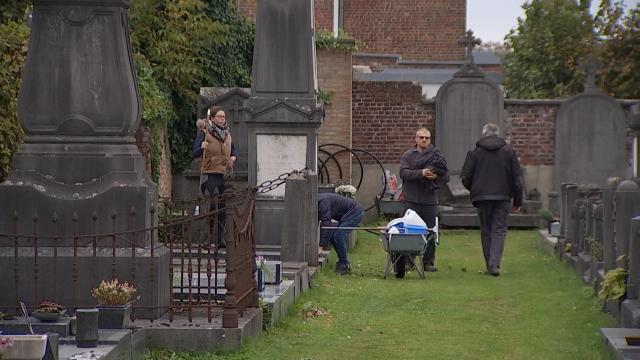L'entretien des cimetières, un travail de l'ombre qui ne se limite pas à la Toussaint