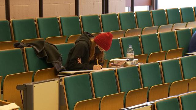 UCLouvain : les étudiants retrouvent les auditoires... pour le blocus !