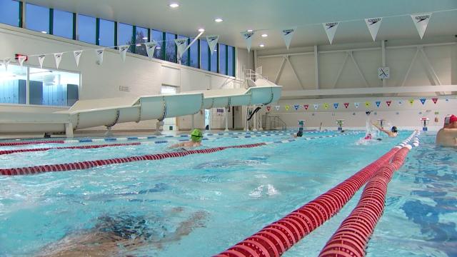Reprise des activités au club de natation de Waterloo