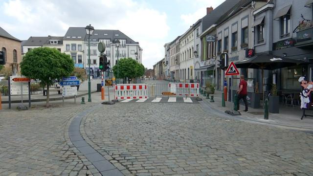 La rue de Ways toujours fermée aux voitures