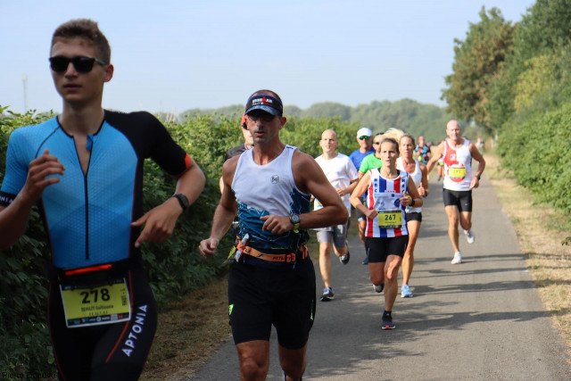 Alexis Matthys s'impose sur le marathon du BW, Alexandra Tondeur sur le semi