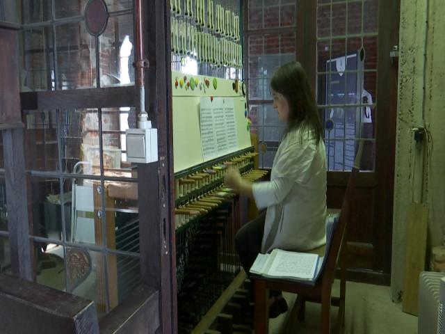 La carillonneuse de Wavre, une musicienne dévouée et soucieuse de transmettre son art