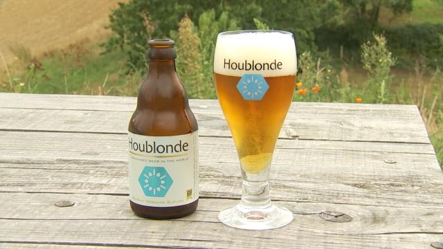 La Houblonde, première bière au monde brassée avec de l'eau dynamisée