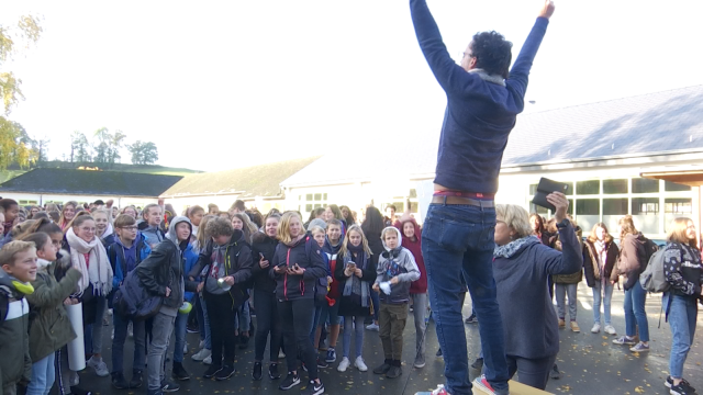 Court-Saint-Étienne : les élèves font du bruit pour le climat