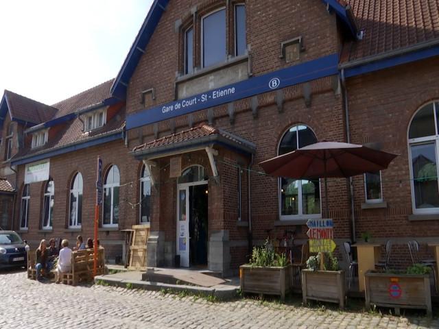 Court-Saint-Etienne: Une gare remise en activité!